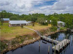 Real Estate for Sale, ListingId: 56068593, Carrabelle, FL  32322